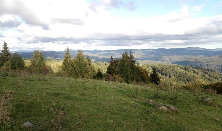 Felhőben a Polyána-csúcs és a Bystré vízesés10