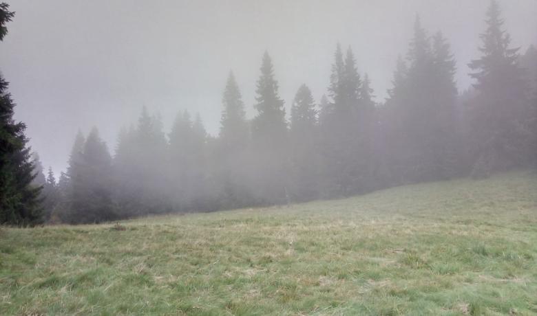 Felhőben a Polyána-csúcs és a Bystré vízesés9